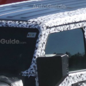2018 jeep wrangler spy photo roof